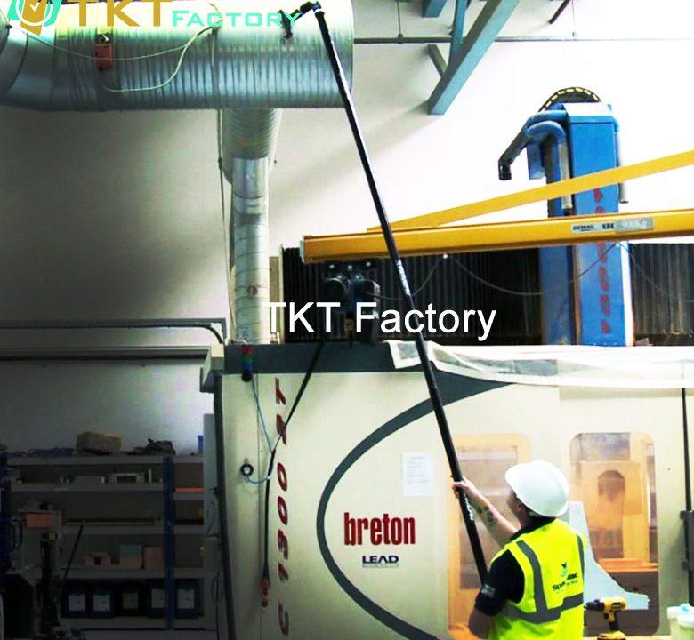 làm sạch đường ống trong nhà xưởng