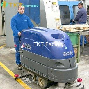 chà rửa sàn nhà xưởng TKT Factory