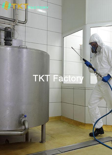 Hình ảnh: dịch vụ vệ sinh nhà xưởng tại Đồng Nai làm sạch thiết bị TKT Factory