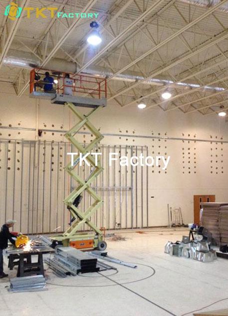 vệ sinh nhà xưởng ở Bình Dương làm sạch trần nhà TKT Factory