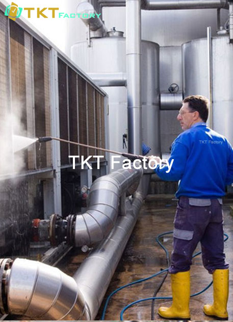 vệ sinh nhà xưởng TPHCM làm sạch thiết bị TKT Factory