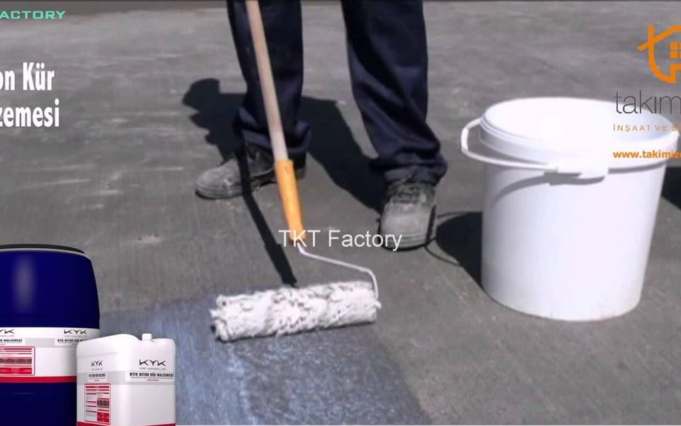 phủ hóa chất tăng cứng sàn bê tông - TKT Factory