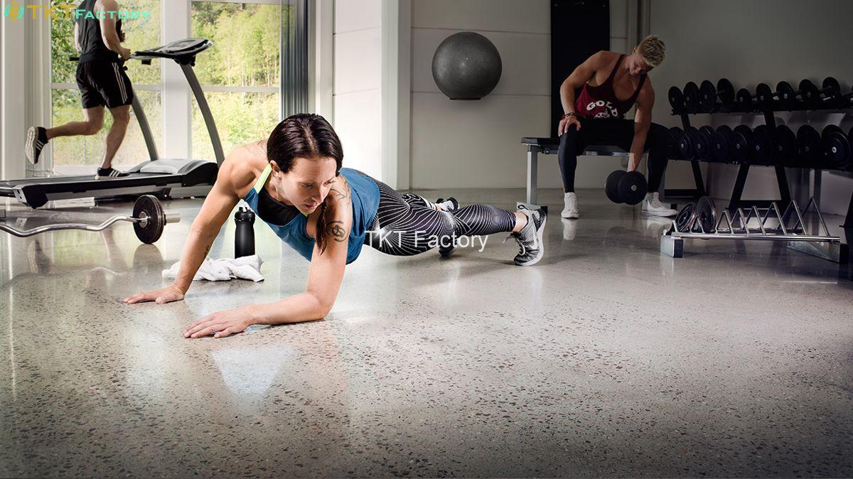 sàn bê tông được đánh bóng bằng máy mài sàn bê tông