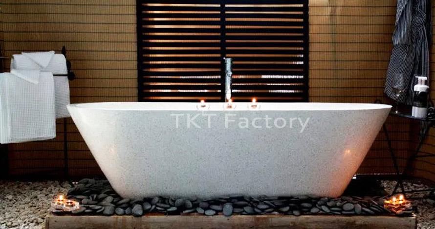 bồn tắm Terrazzo sang trọng trong phòng tắm